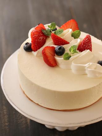 ベリーのレアチーズケーキAtelier S Liaison